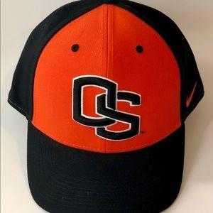 Nike Accessories - Nike Legacy Oregon State Beavers Baseball Hat
